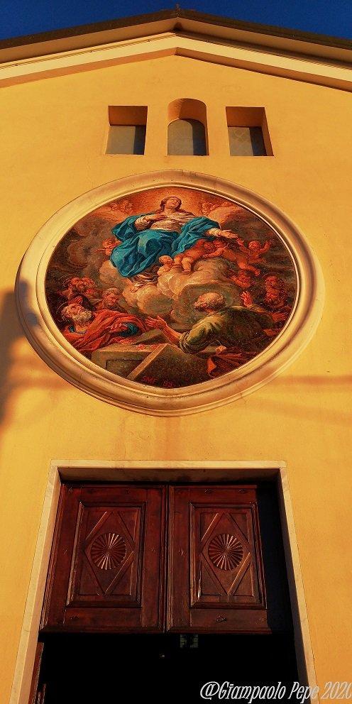 mosaico raffigurante la Madonna del Giordano